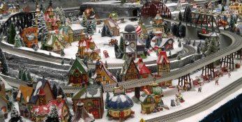 Holiday Train Zoomed